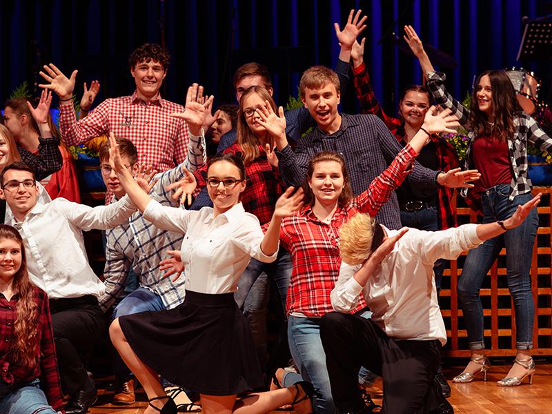 Tanzstudio-Steinlein-Galabesucher-2019-027