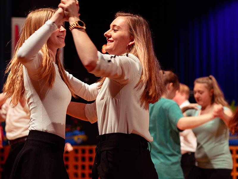 Tanzstudio-Steinlein-Galabesucher-2019-030