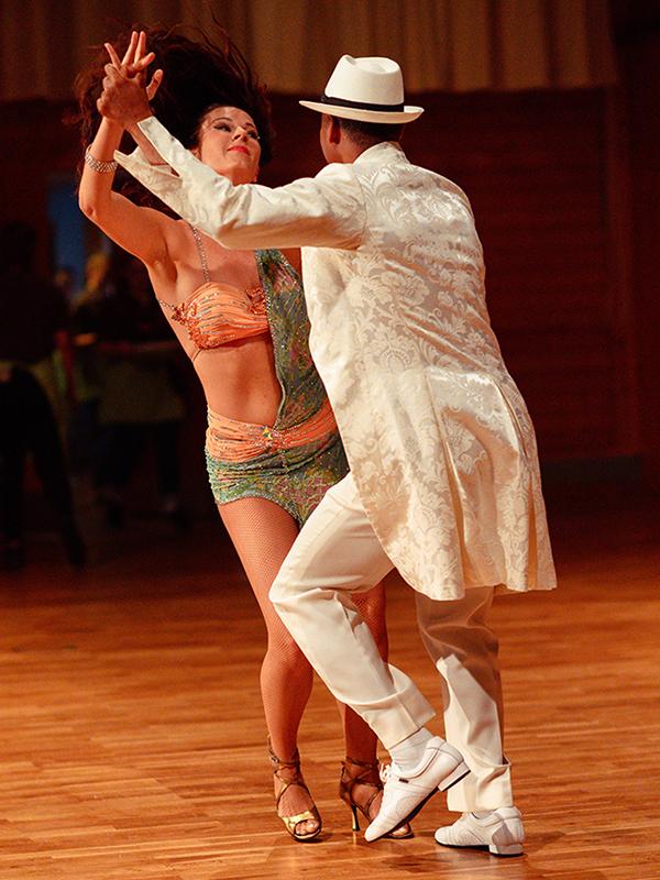 Tanzstudio-Steinlein-Galabesucher-2019-050