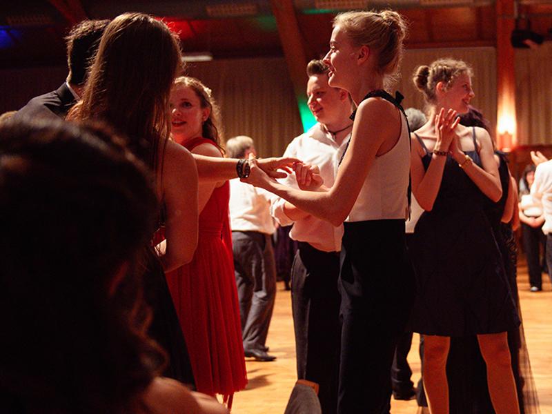 Tanzstudio-Steinlein-Galabesucher-2019-083