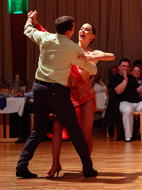 Tanzstudio-Steinlein-Galabesucher-2019-122