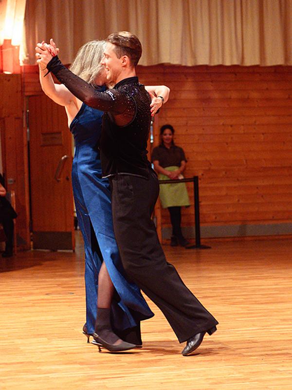 Tanzstudio-Steinlein-Galabesucher-2019-138