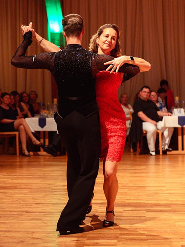 Tanzstudio-Steinlein-Galabesucher-2019-142