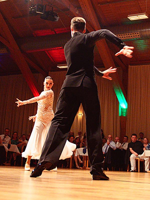 Tanzstudio-Steinlein-Galabesucher-2019-157
